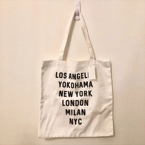 Forever 21 Major Cities Tote/Canvas Bag